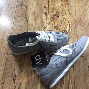 DV women's shoes size 6 1/2 gray white NEW cute